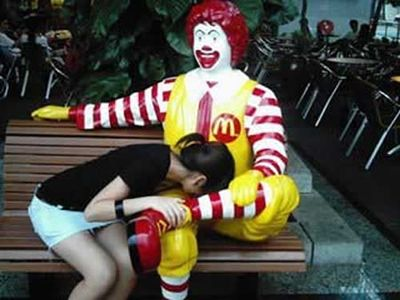 [Image: the-truth-behind-ronald-mcdonald.jpg?w=470]