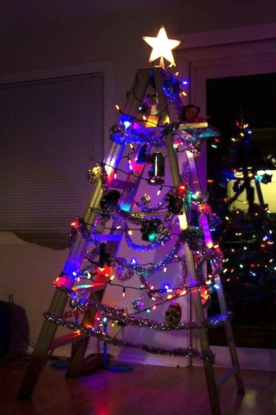 redneck christmas tree diyproject this is the story of - Redneck Christmas Tree
